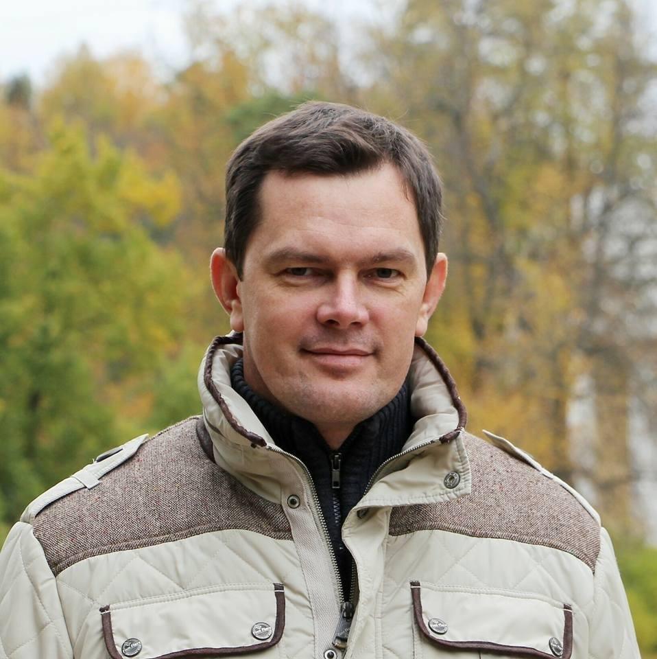 Дедесов Павел Васильевич, Генеральный директор супермаркета «ЛеБонТон»
